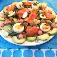 Ensalada de Judías Verdes, salmón ahumado, huevo y aguacate. Exprés en 15 minutos    ¡¡