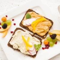 ¿ES MEJOR DESAYUNAR ANTES O DESPUÉS DE CORRER? Y alguna opción de desayuno