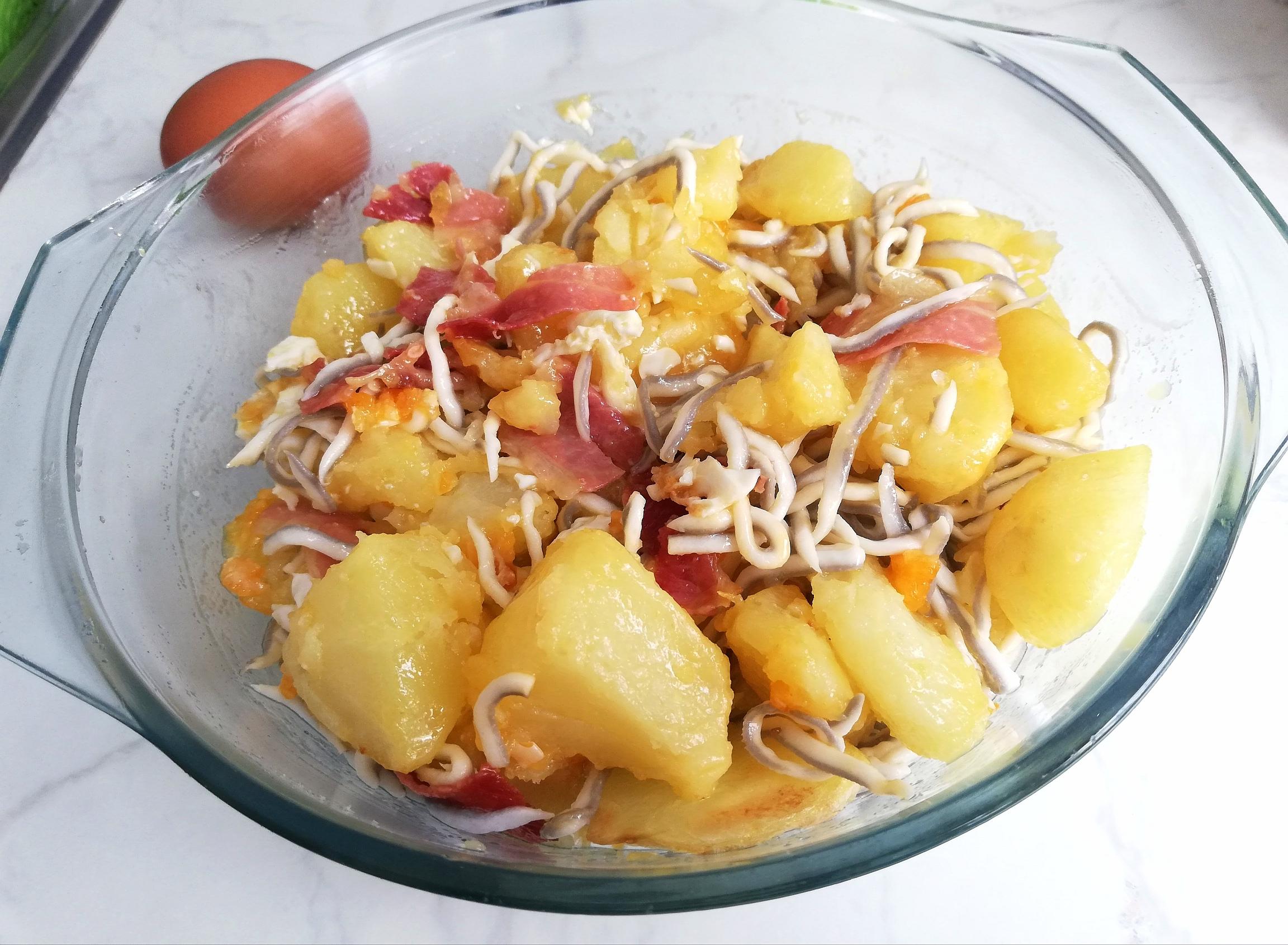 Huevos Rotos Con Jamón Y Gulas Recetas Con Gusto Y Sabor